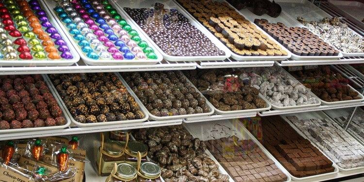 Andrea Confectionery